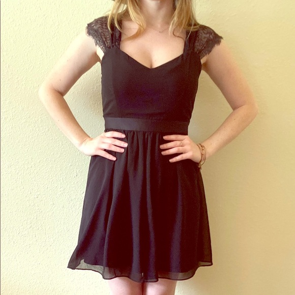 Forever 21 Dresses & Skirts - Little Black dress lace/chiffon goth Witchy M